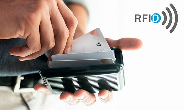 Carteras con protección RFID